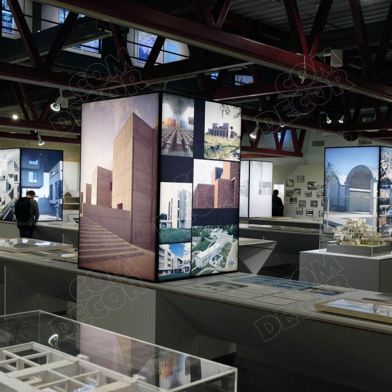 Ljuslådor för utställning