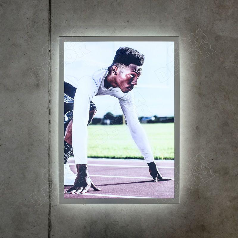 Lightbox - slim and bright illuminated advertising