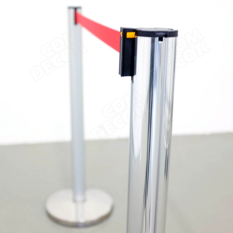 Queue barrier poles with barrier belt